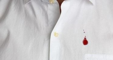 como quitar manchas de sangre
