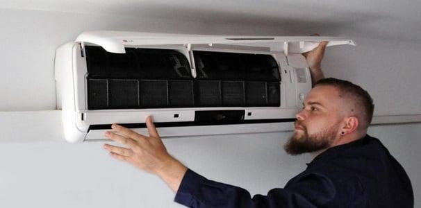 accediendo a filtro aire acondicionado