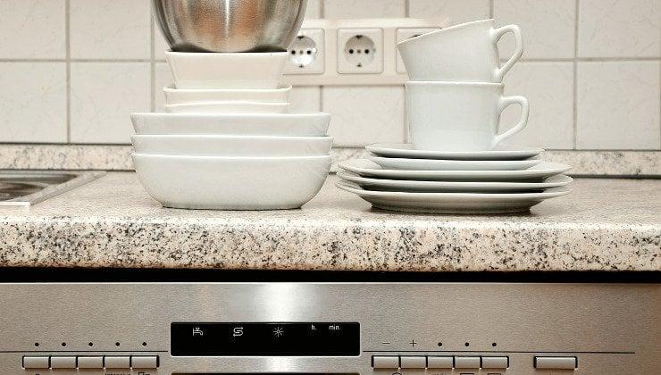 cuidado del lavavajillas con aceites