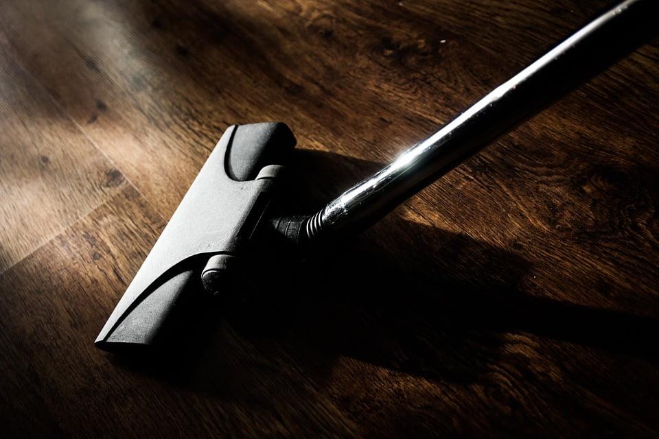 Trucos para limpiar todo tipo de suelos