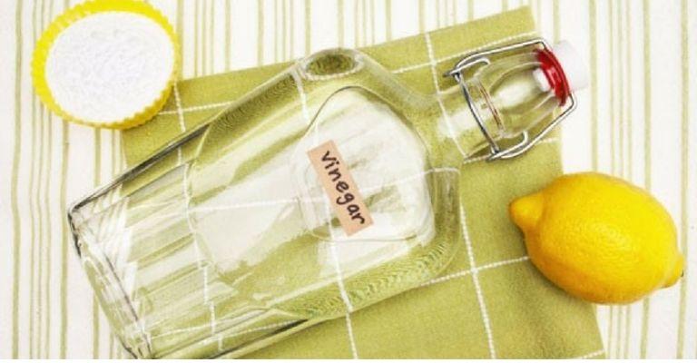 cómo-limpiar-ventanas-detergente-natural-vinagre-de-limón