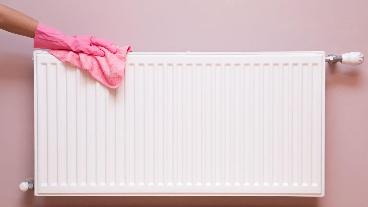 Cómo limpiar radiadores y eliminar el polvo incluso de los rincones más difíciles
