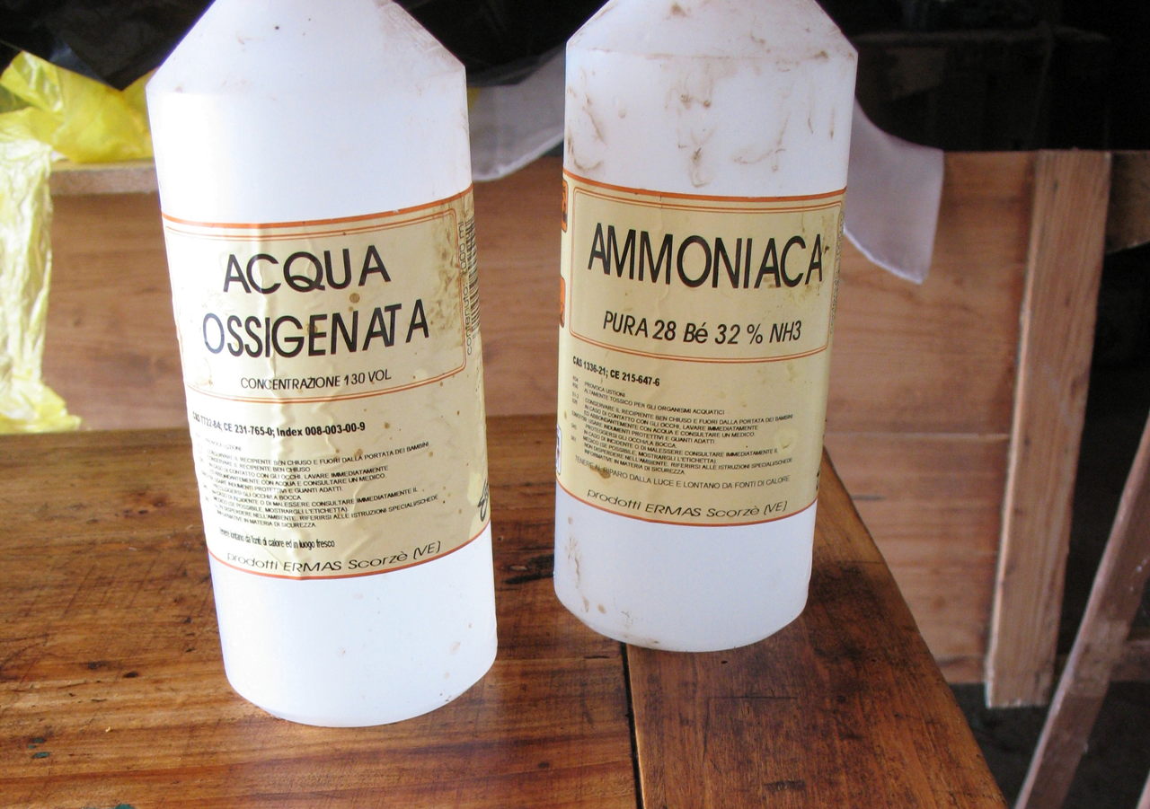 peróxido de hidrógeno y amoniaco
