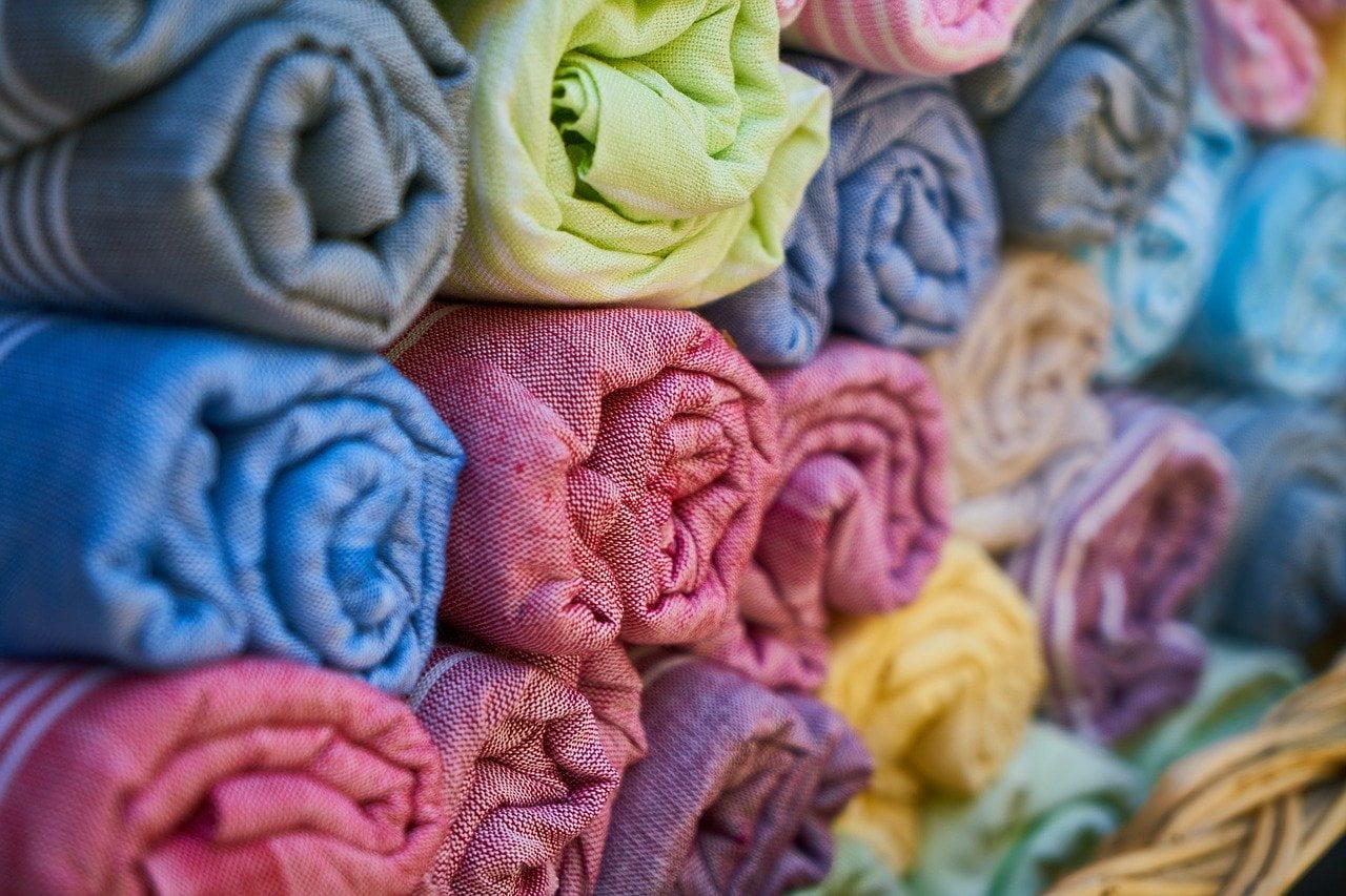 Tintes para tejidos: como conseguirlos con la ayuda de la naturaleza