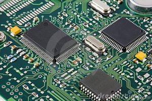 Limpieza de circuitos electrónicos