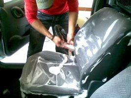 Limpeza de estofos de automóveis