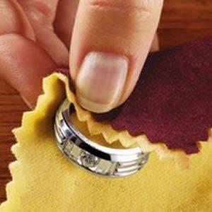 Limpieza de manchas de joyería